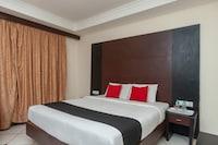 Capital O 8145 Emarald Hotel