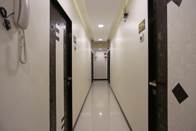 OYO 8181 Druv's Taj Palace -1