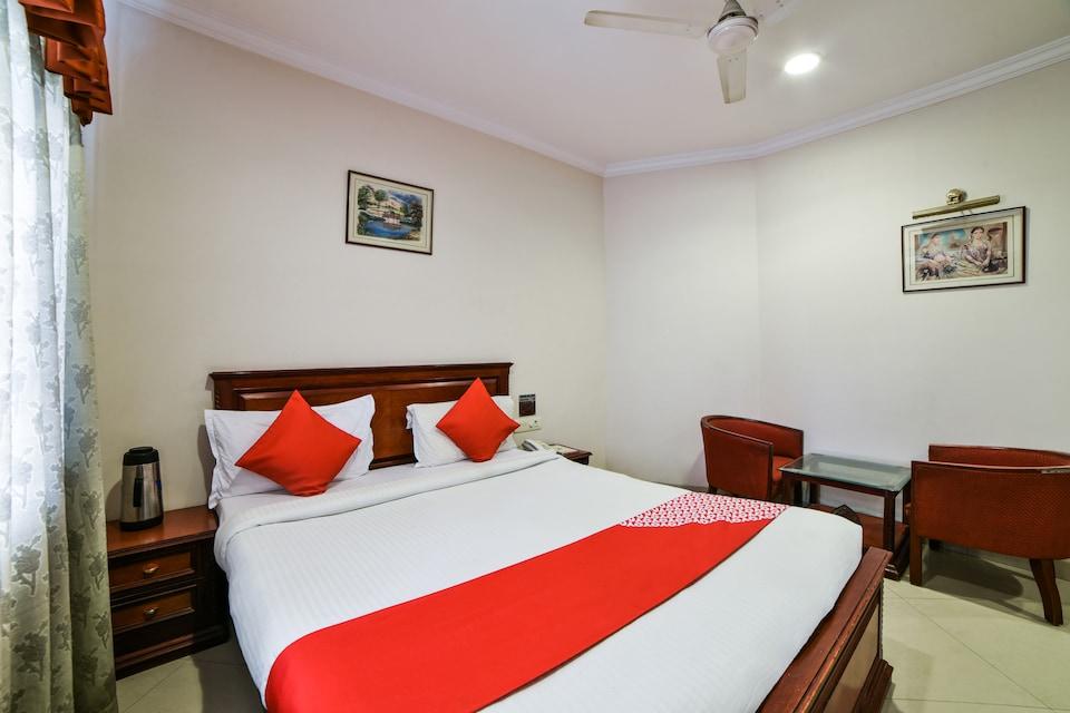 OYO 8198 Hotel Raj International