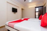 OYO 361 Apartment Powai Deluxe