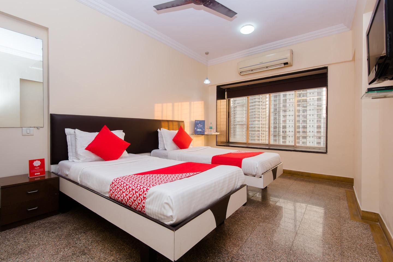 OYO 361 Apartment Powai -1