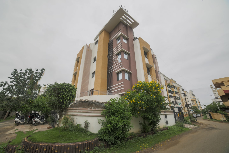 OYO 7439 Hotel Gayatri Inn Annex -1