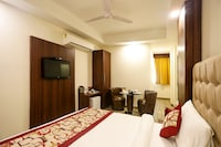 Capital O 8236 The Kailash Dev Hotel Deluxe
