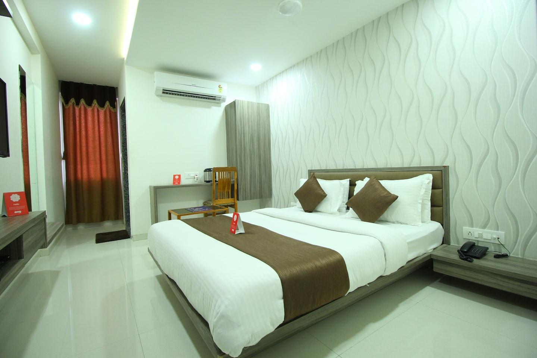 OYO 8262 The Pacific Hotel -1