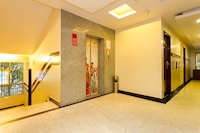 OYO 1161 Hotel Golden Residency