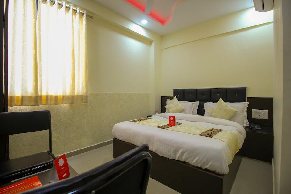 OYO 8814 Hotel Cg Plaza