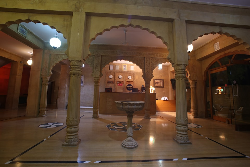 OYO 8364 Hotel Golden Haveli