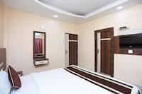 OYO 8369 Hotel Sea Mars