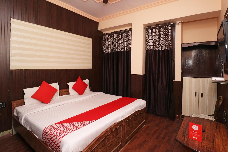 OYO 8379 Hotel Kamal -1