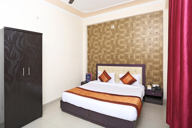OYO Rooms 717 Near Delhi Airport