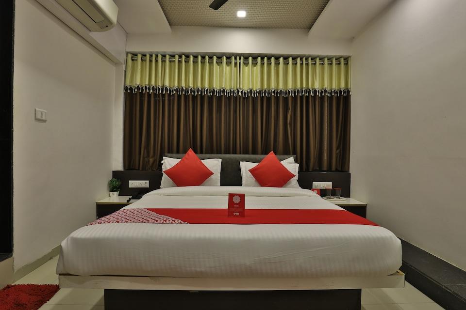 OYO 8406 Hotel Marigold