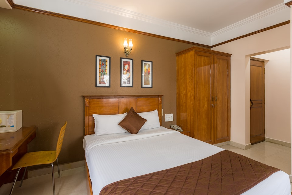 Oyo 8463 Grand Oyo Rooms Bangalore Book At 1466