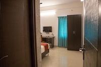 OYO 8737 King Suites