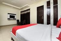 OYO 8500 Hotel Sun Palace Residency