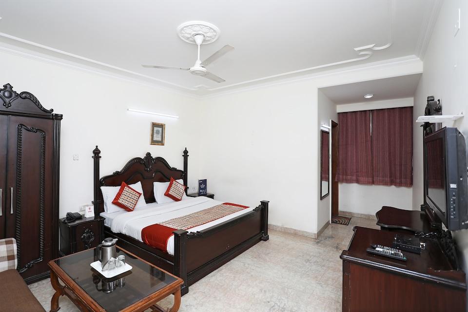 OYO 8505 Hotel Ashu Palace
