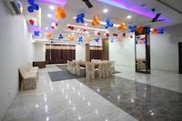 OYO 8567 CM Plaza