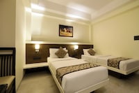 OYO 8600 Hotel Deepali Executive