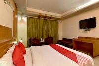 OYO 8606 Hotel Snow Princess