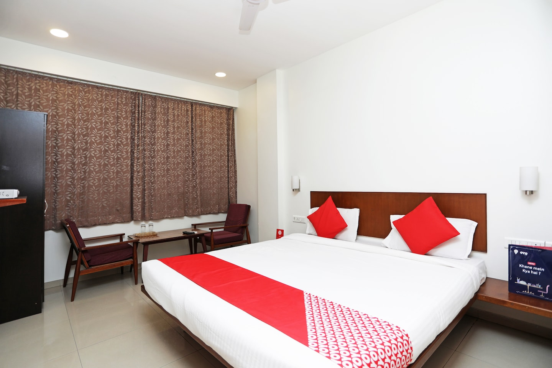 OYO 1194 Hotel Gulmohr -1