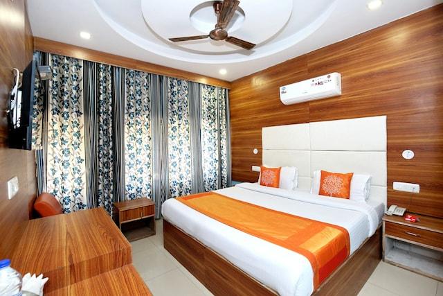 OYO 8622 Hotel Grand Inn