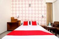 OYO 8623 Hotel Destination