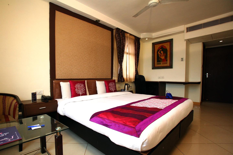 OYO 1195 Hotel Suncity International -1