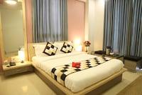 OYO 1196 Hotel Royal Heritage
