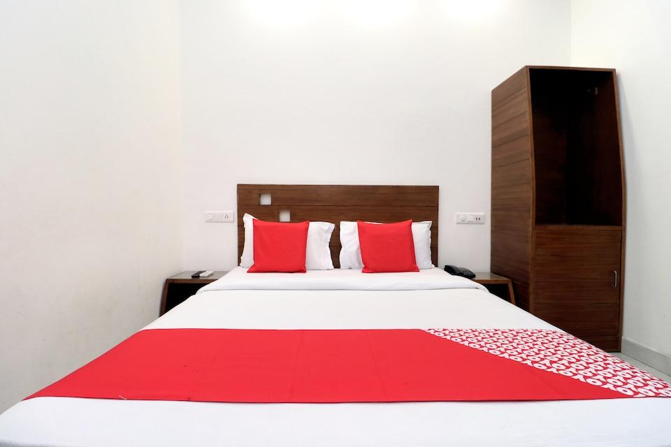 OYO 8831 Hotel Kava