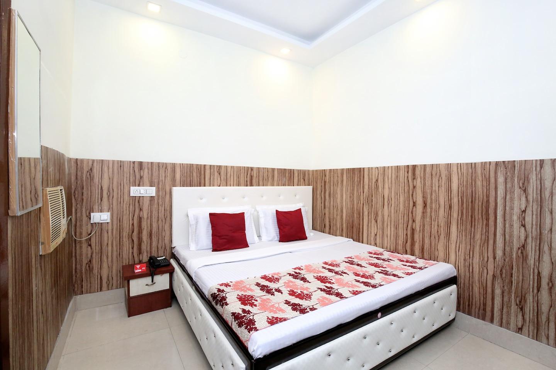 OYO 12163 Hotel Aaryan -1