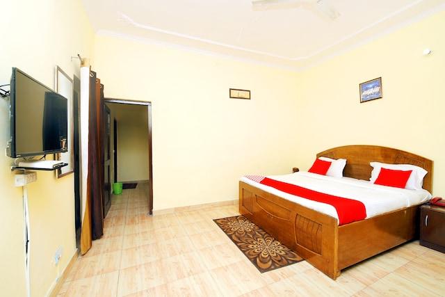 OYO 8670 Hotel Usha Palace Suite