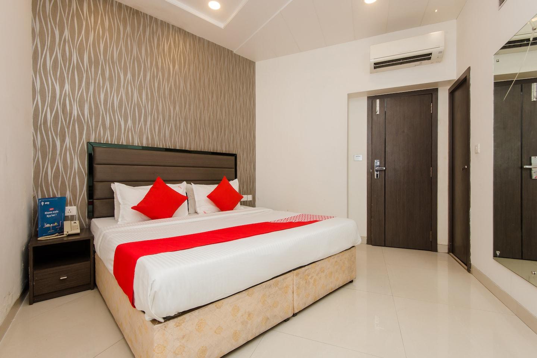 OYO 8690 Hotel Kalpana Elite -1