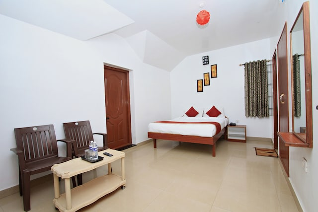 OYO 8707 Stay Bliss Residency