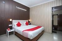 OYO 8714 Hotel Amar