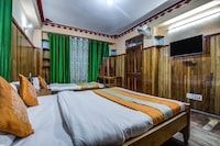 OYO 8719 Hotel Deep Residency