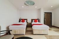 OYO 8867 Hotel Jaya Grand Deluxe