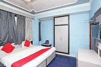 OYO 8871 Hotel Veer Sarthak