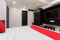 OYO 8882 Hotel Pishori Residency