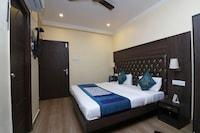 OYO 8905 Hotel Tapastali