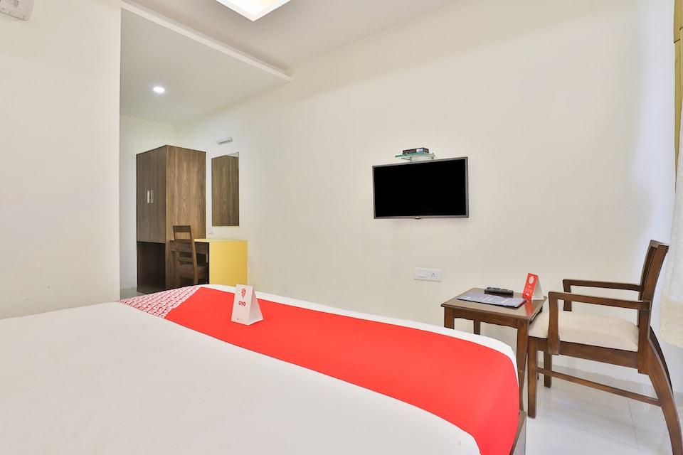OYO 3783 Hotel Bhavani Palace