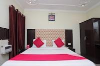 OYO 8909 Hotel Grand