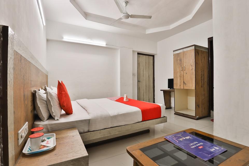 OYO 8758 Hotel Swagatam