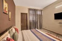 OYO 8914 Hotel Ambrosia
