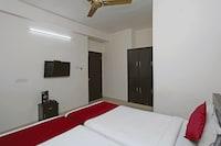 OYO 9004 Qube Inn