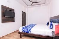 OYO 6780 Hotel Shiva Grand