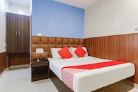 OYO 16487 Hotel Blue Orchid
