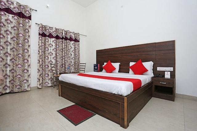OYO 9490 Prakash Farm