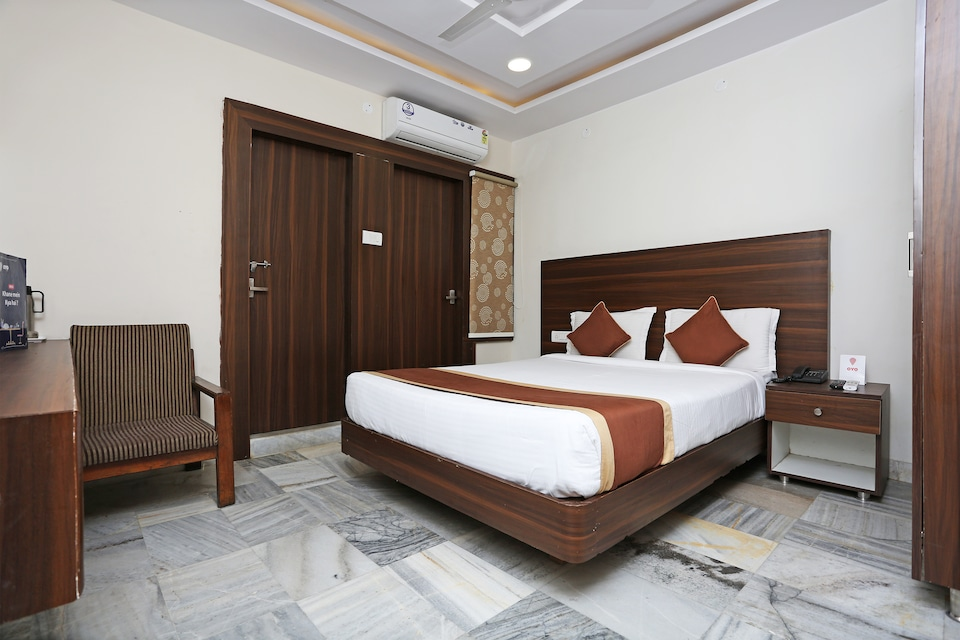 OYO 6651 Hotel Srujana Stay Inn, Nampally, Hyderabad