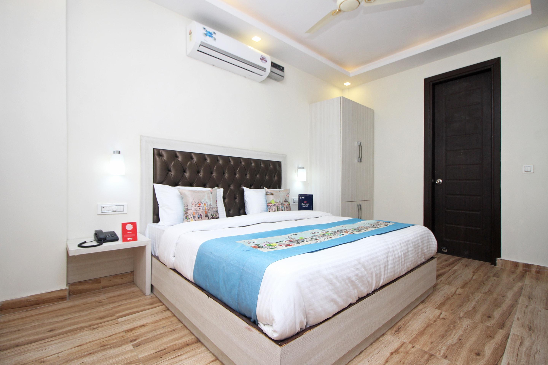 OYO 8982 Surya Residency