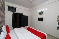 OYO 3426 White Inn