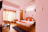 OYO 15765 Hotel Eve